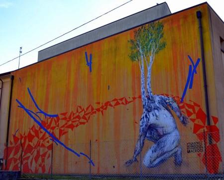 """Il """"Giovane albero"""" realizzato dal writer Mattia Campo Dall'Orto"""